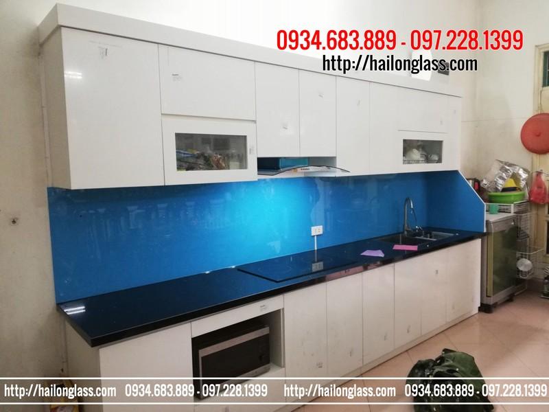 Báo Gía Kính ốp bếp màu xanh dương kim sa