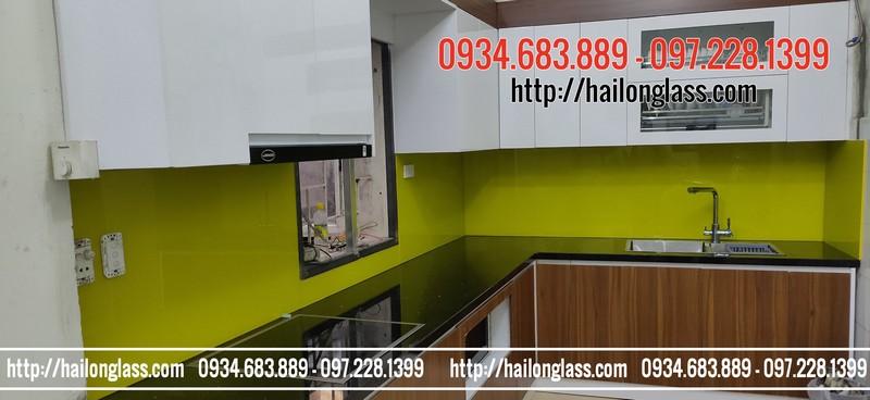 Kính tường ốp bếp màu Vàng chanh