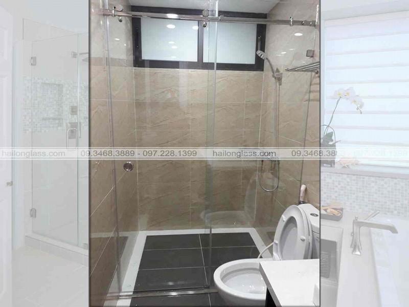 Phòng tắm kính sang trọng hiện đại