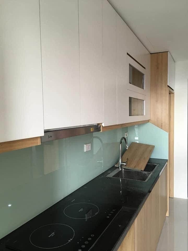 Kính sơn Hà Nội - Kính ốp bếp màu trắng xanh