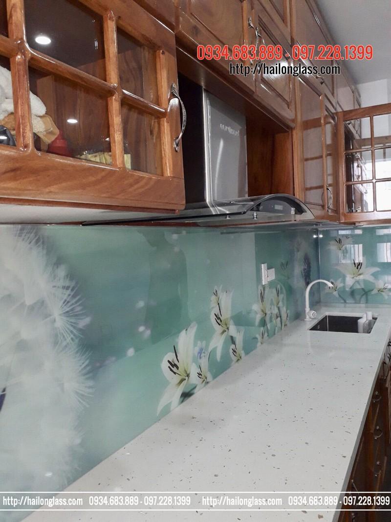 Báo giá Kính ốp bếp 3D temper Hồng phúc