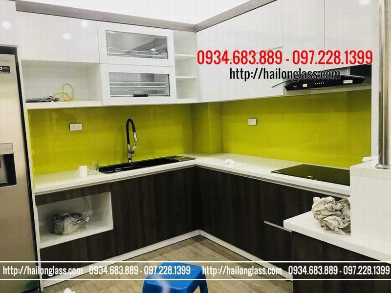 Báo Giá Kính Sơn Ốp Bếp Màu Vàng Chanh lắp đặt tại HomeCity - Nguyễn Chánh