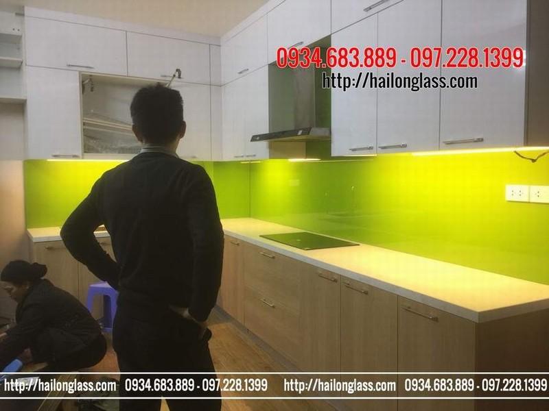 Kính Ốp Bếp Đẹp Màu Xanh Non lắp đặt tại Triều Khúc - Thanh Xuân