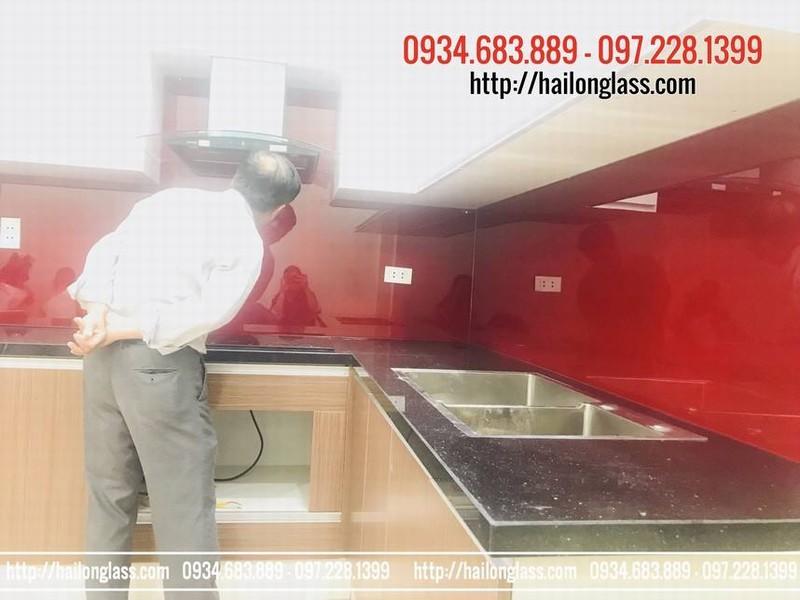 Báo Giá Thi Công Lắp Đặt Kính Màu Ốp Bếp tại Hà Nội