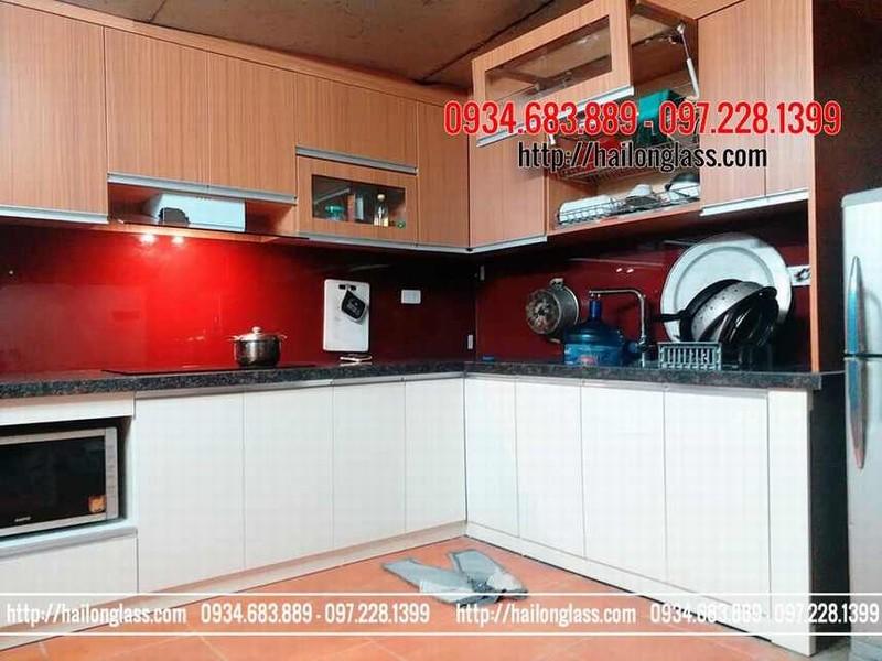 Kính màu sơn tại Hà Nội - kính ốp bếp màu đỏ vang