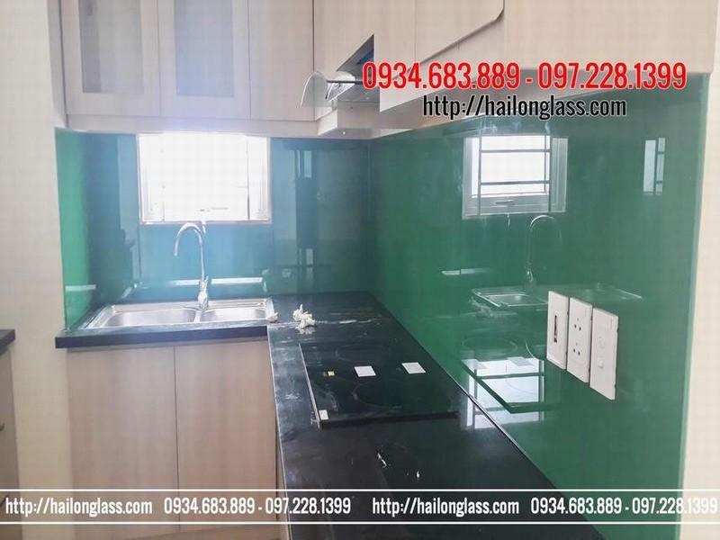 Kính ốp bếp đẹp Hà Nội - Kính ốp bếp màu xanh lá