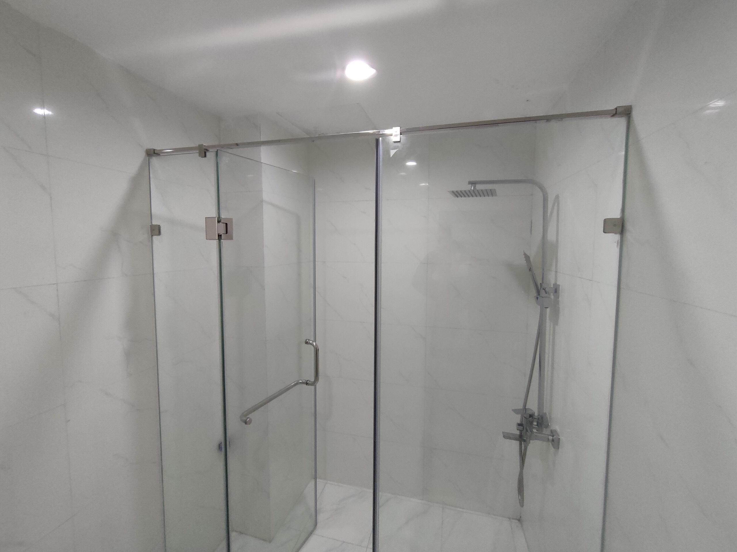 Kính Phòng Tắm 180 độ phụ kiện VVP 304