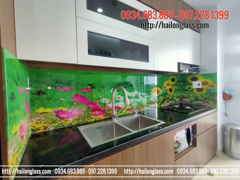Kính ốp bếp 3D TOB024