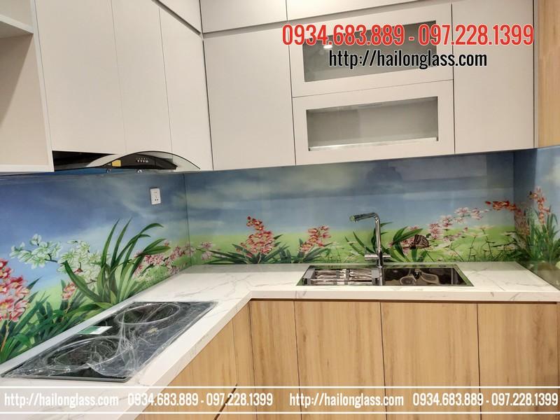 Kính ốp bếp 3D TOB025