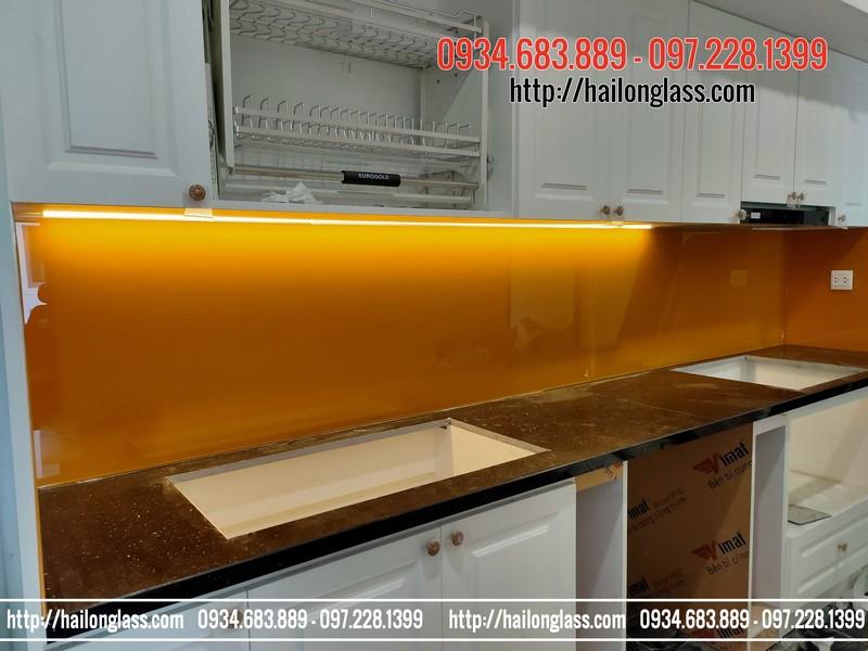 Kính ốp bếp Màu Vàng Nghệ